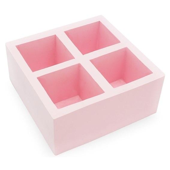 Molde com 4 cubetas quadradas