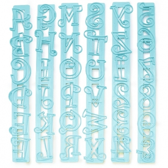 Molde corta-massa de letras e números