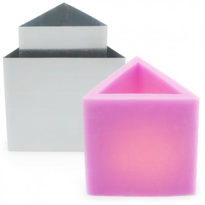 Molde Luminária Triangular Metal 15 x 15 cm