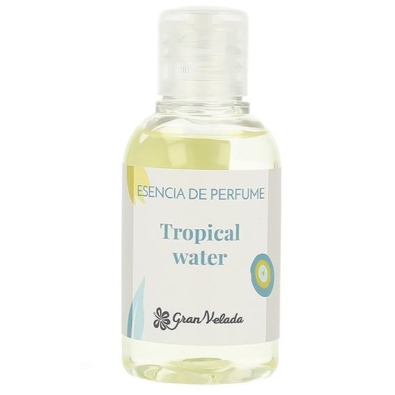 Esencia de perfume tropical water
