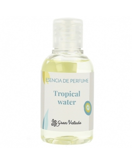 Esencia de perfume tropical water