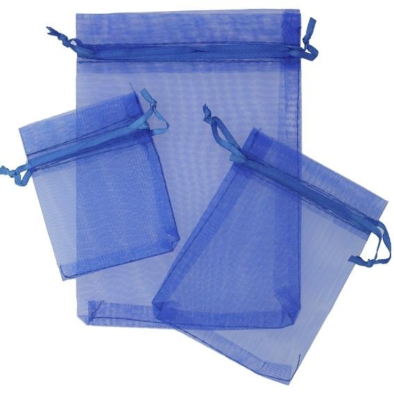 Saquinhos de organza azuis