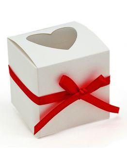 Cajita de regalo blanca con Ventana Corazón y Lazo Rojo